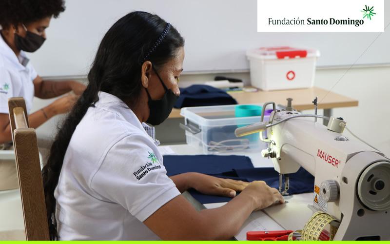 Hilando en Ciudad del Bicentenario, el taller que confecciona sueños de mujeres talentosas